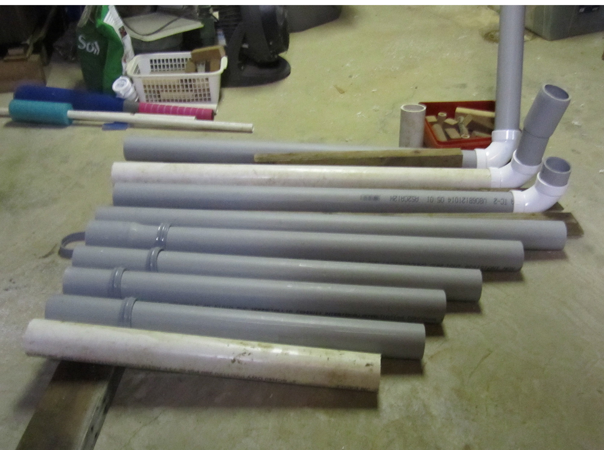 how to cut a pvc pipe straight
